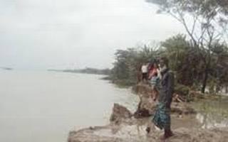 Launch sinks in Patuakhali