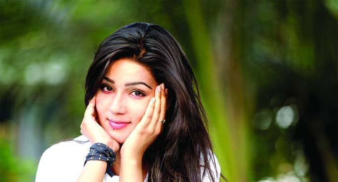 Mahiya Mahi in 3 roles in one movie