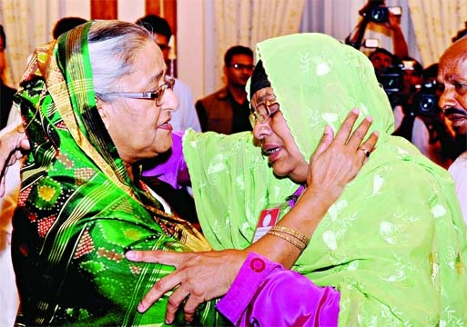 Nazrul`s family meets PM
