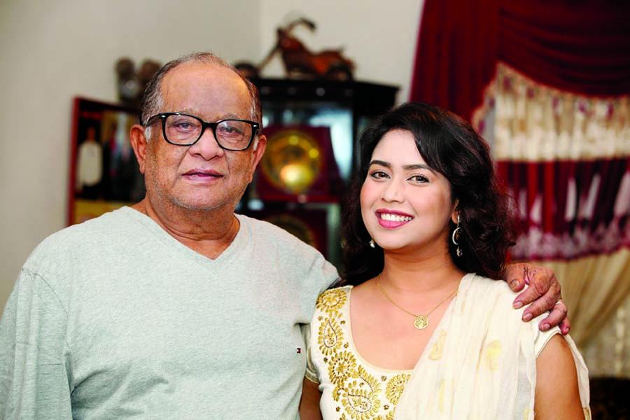Razzak shares his struggling  tales to Bhabna