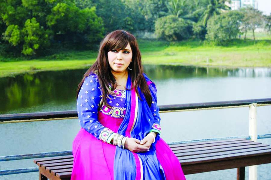 Shamima Alam Chinu's Hamd-O-Naat album