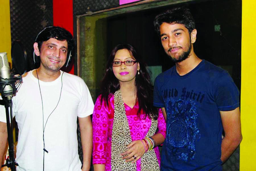 Shahid, Sonia render song under Pritom's tune