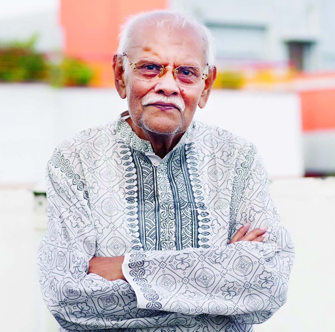 Sirajul Islam returns to acting