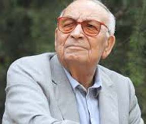 Turkish writer Yasar Kemal