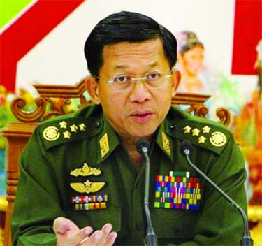 Military chief `to co op` with new govt