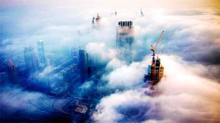 Dubai`s illusive fog phenomenon