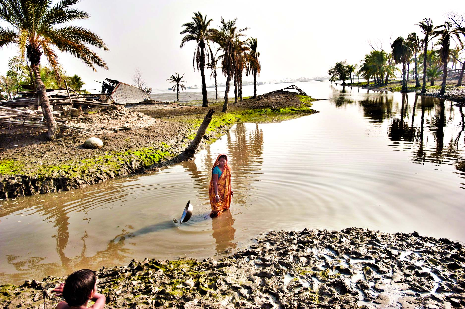 Coastal areas of Bangladesh at risk from rise in sea-level