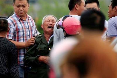 Storm pummels eastern China, killing 98