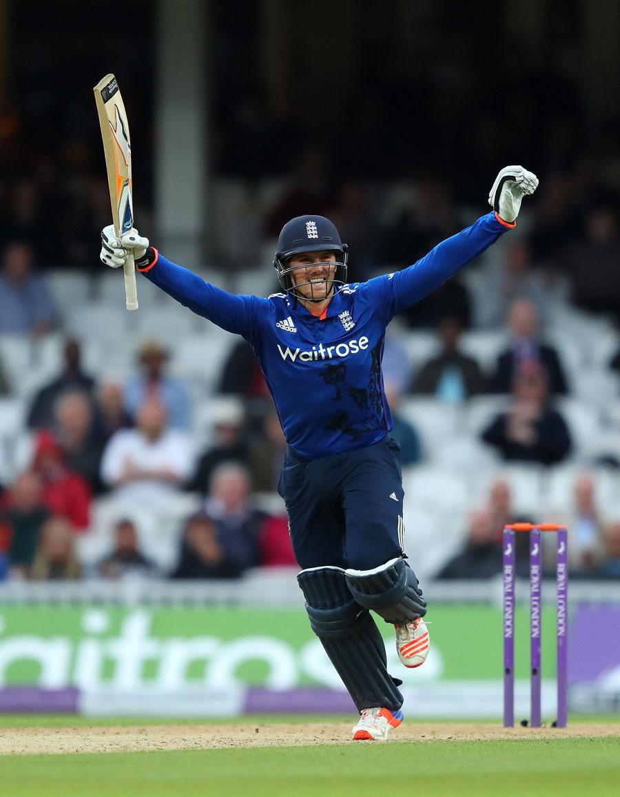 England`s Roy savours bitter-sweet match-winning 162