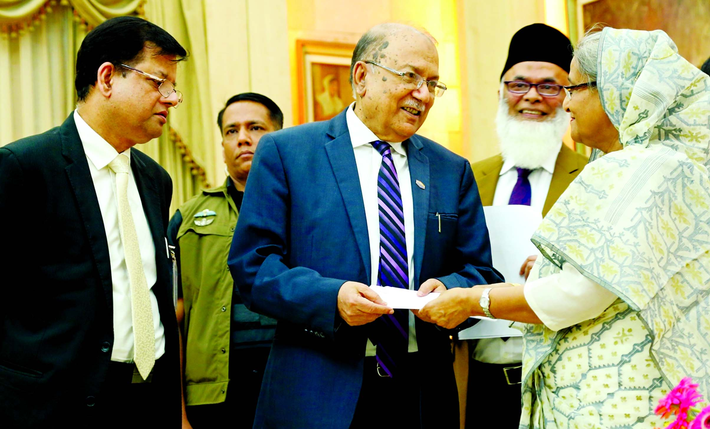 Standard Bank Ltd. donated Tk 7.5 million to the Prime Minister's Relief Fund to help the flood affected people. Kazi Akram Uddin Ahmed, Chairman of the Bank handed over the Cheque to the Prime Minister Sheikh Hasina at Ganobhaban on Tuesday. Managing Director and CEO of the Bank Md. Nazmus Salehin was present on the occasion.