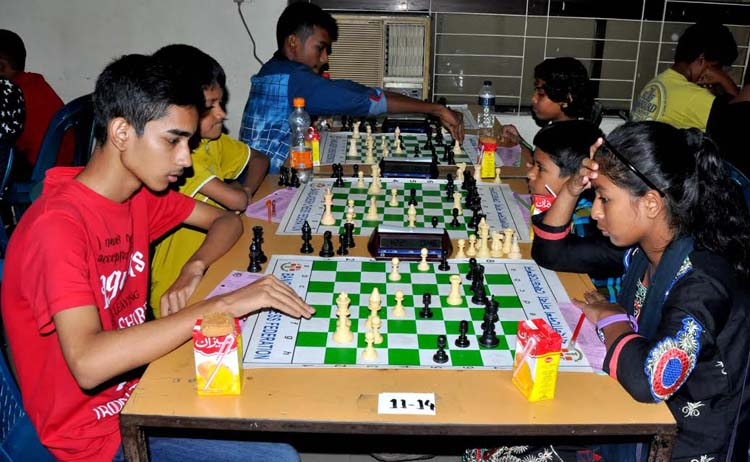 A view of the 35th National Sub-Junior (Under-16) Chess Championship at the Bangladesh Chess Federation hall-room on Saturday.