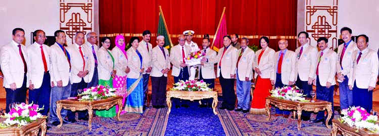 The executive committee of Officers` Club, Dhaka led by its Chairman Mohammad Shafiul Alam made a courtesy call on President Abdul Hamid at Bangabhaban on Thursday.