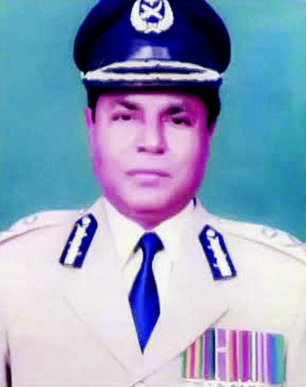 Ex-IGP Ismail passes away
