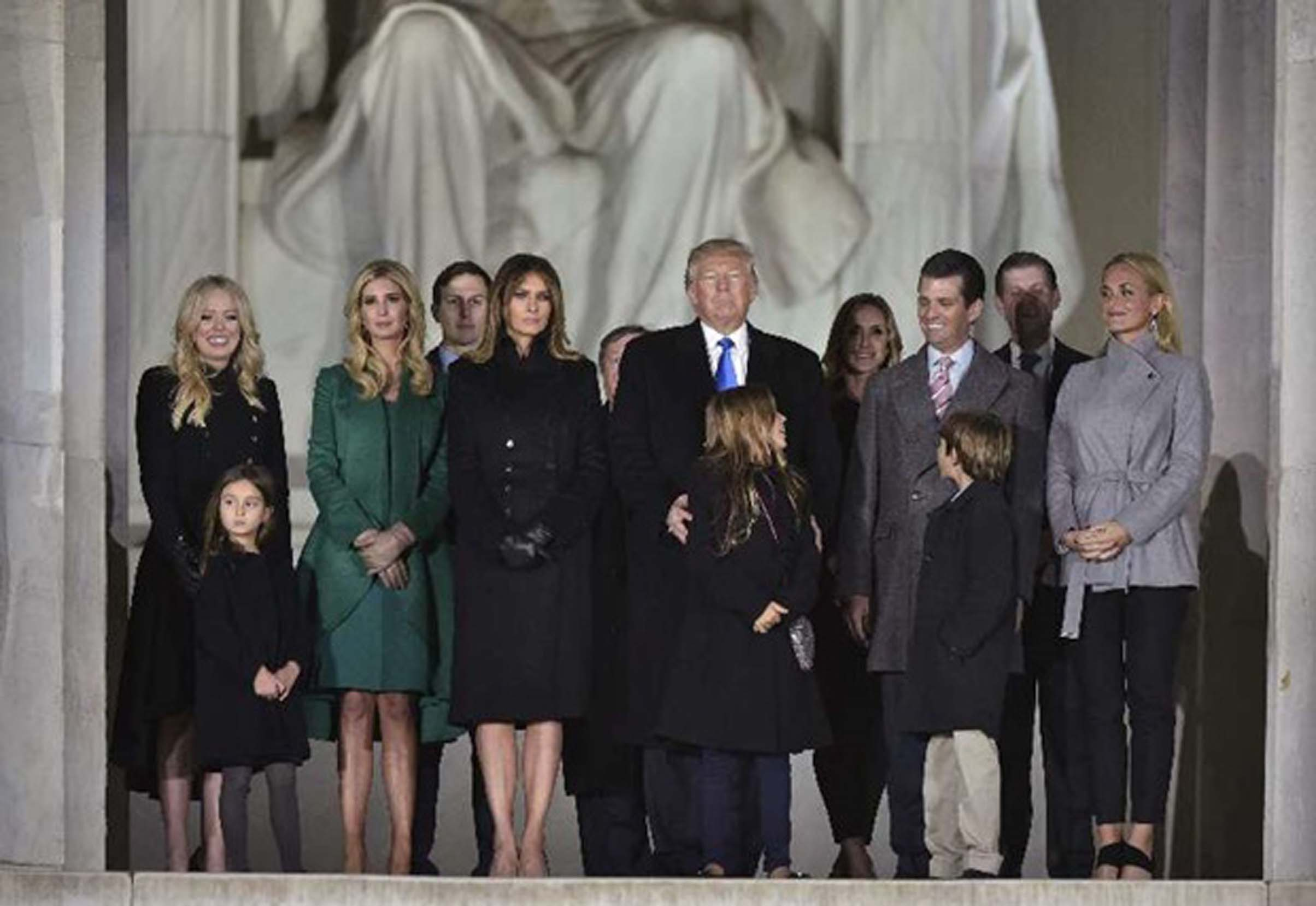 Trump pledges to unify US on inauguration eve