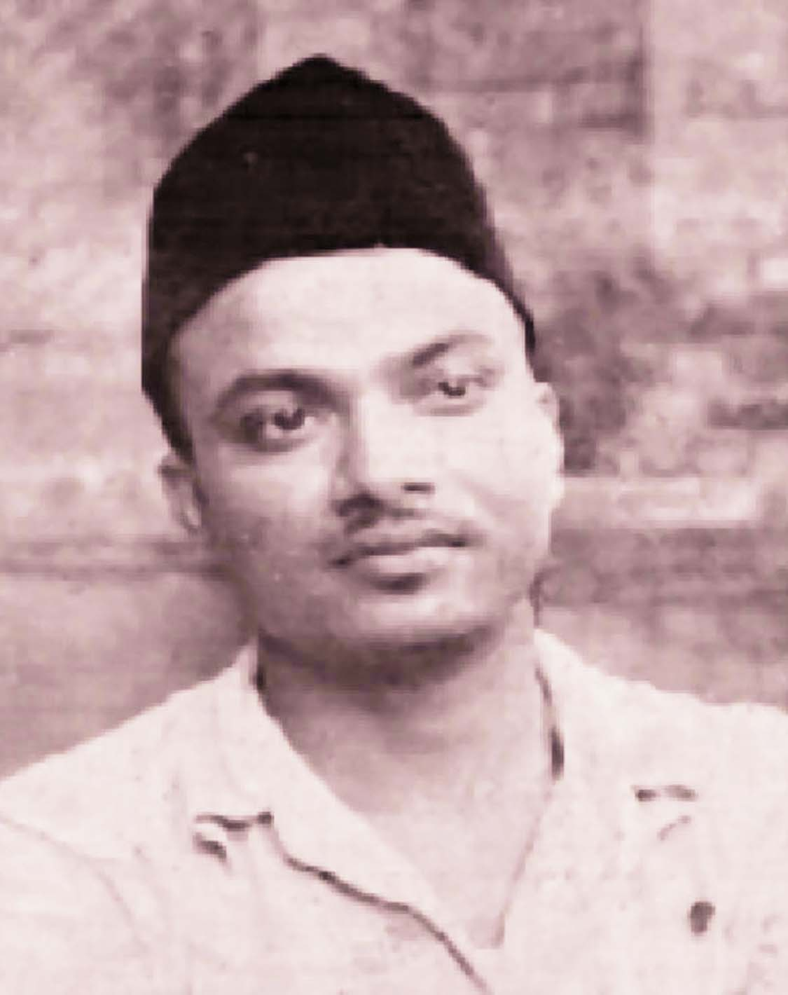 Abul Kashem felt the need of  introducing Bengali as medium of higher education in Colleges and Universities. With his dream, he established the Bangla College at Mirpur, Dhaka in 1962 and served the College as Principal till 1981. He was the forerunner in introducing textbooks in Bengali for higher  education and contributed much in initiating the Bengali version of the question papers for higher education.