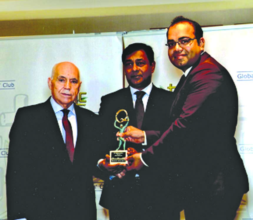 Paramount Textile awarded the International Trophy for Quality from Global Trade Leaders' Club. AHM Habibur Rahman, Director of the Company receiving the award from Ricardo Roso Lopez, Secretary General and CEO of Global Trade Leaders' Club on behalf of the Company recently. M Shahidul Islam, Ambassador, Ambssade du Bangladesh in France was also present on this occasion.