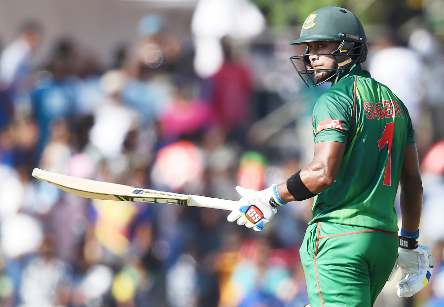Bangladesh pile up 324 for five wickets