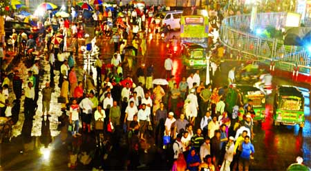 Heavy downpour across country: Thunderbolt claims 3 in 3 dists