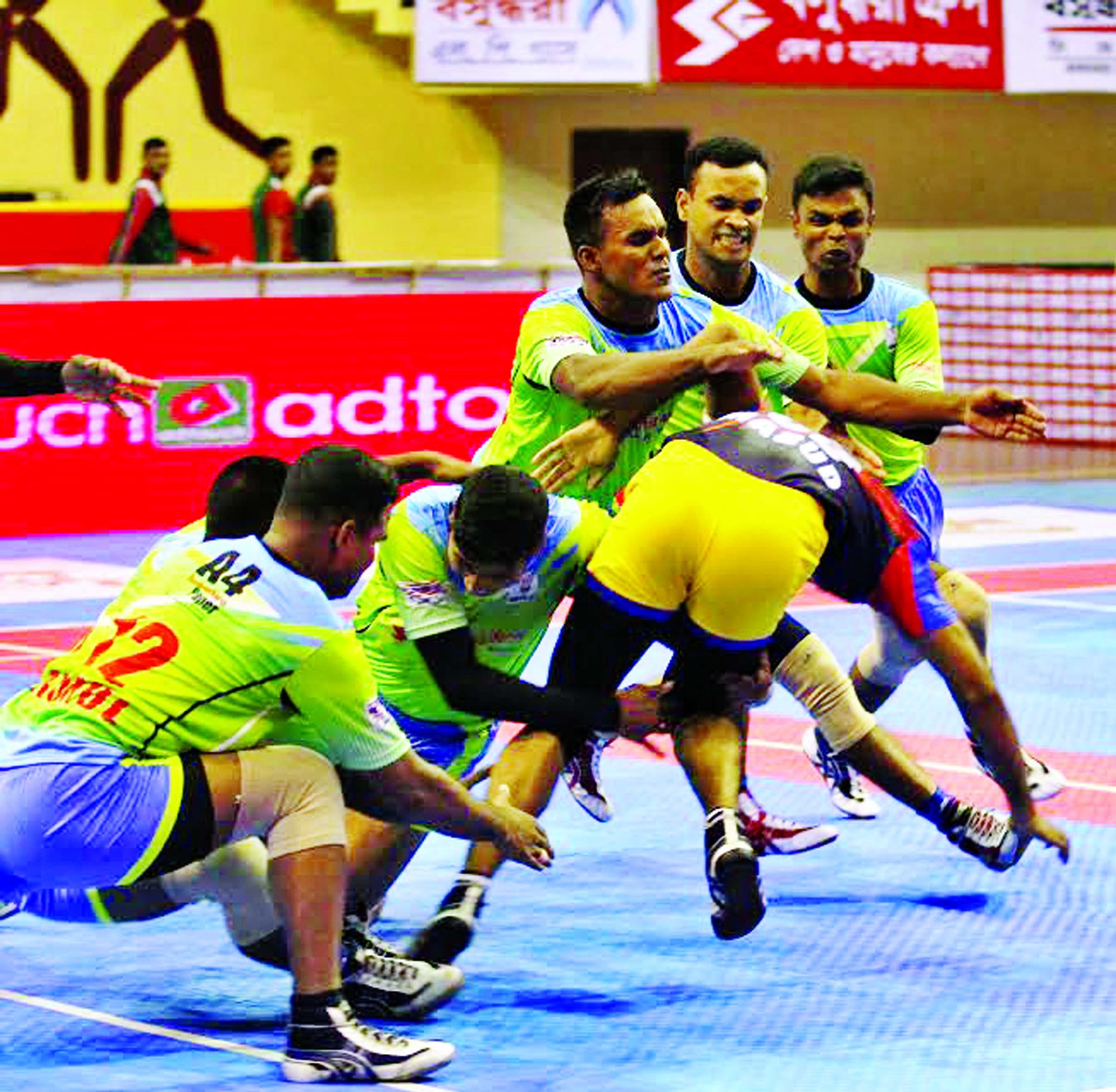 An action from the final round 2nd day's match of the Independence Cup Kabaddi between Bangladesh Navy and Air Force at Shaheed Suhrawardy Indoor Stadium in Mirpur on Monday.