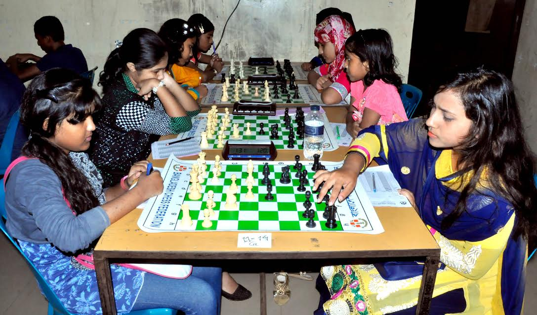 13 players share lead in sub junior chess