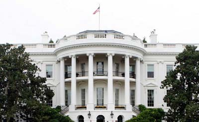 At White House in crisis, Trump looks increasingly isolated