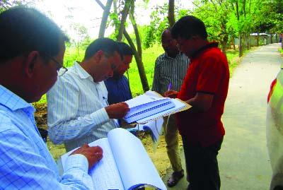THAKURGAON: Khalil Ahmed, DD, Rural Development (Implementation and Evaluation) under Planning Ministry visiting development projects in Thakurgaon recently.