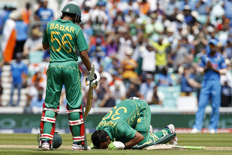Pakistan pile up mammoth 338 for four wickets
