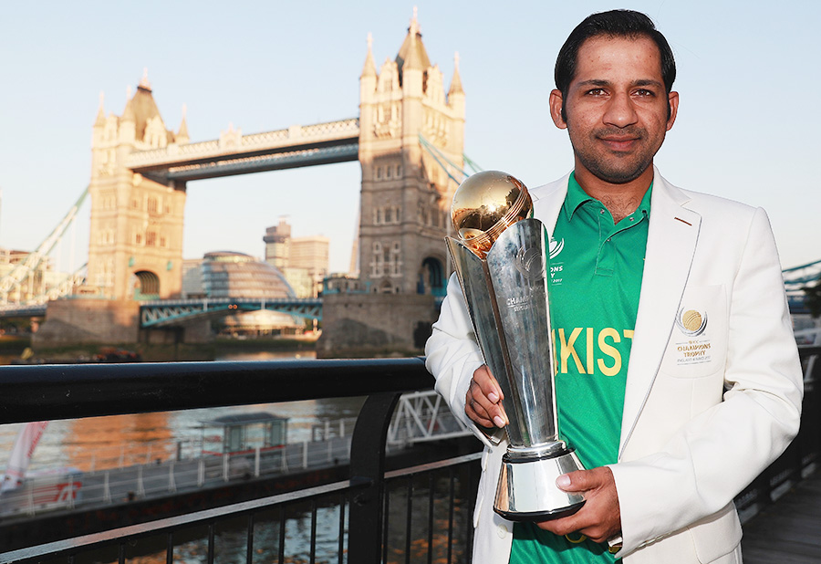 Pakistan captain Sarfraz Ahmed with the Champions Trophy on the morning after the final in London on Monday.