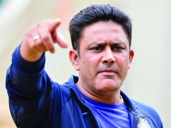 Kumble leaves as India cricket coach amid rift with Kohli