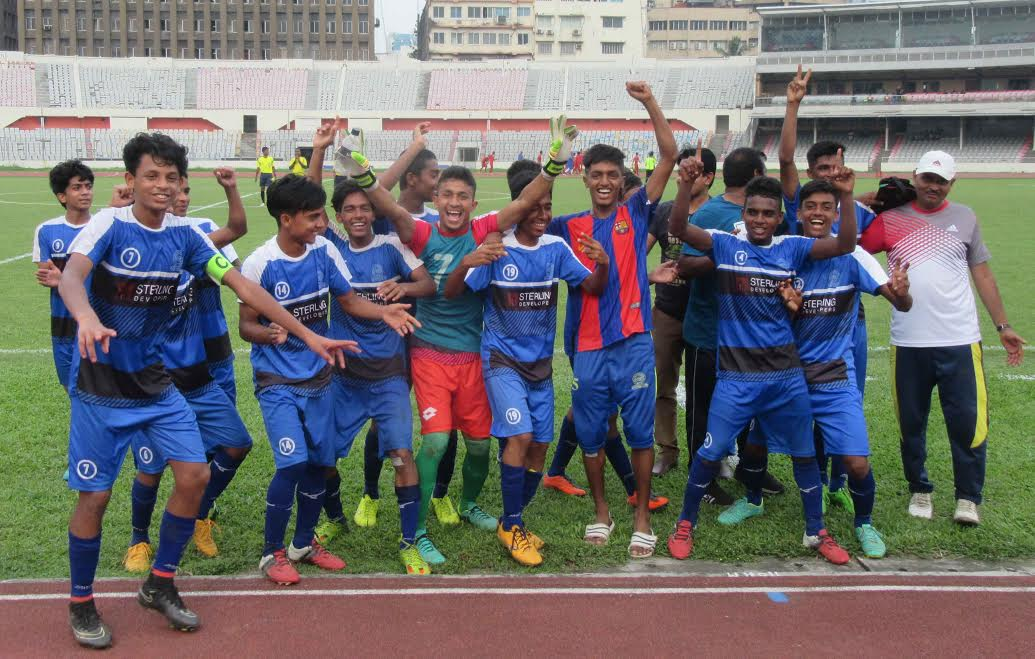 Players of Mirpur Sports & Cultural Centre celebrating after defeating Nasir Football Academy by 4-0 goals in the quarter-final match of the Dhaka North City Corporation and Dhaka South City Corporation Pioneer Football League at the Bangabandhu National Stadium on Thursday.