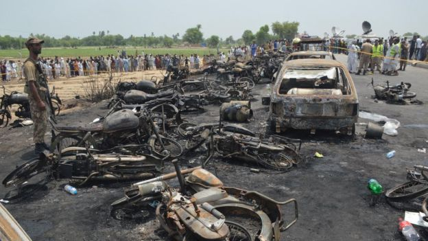 Pakistan fuel tanker inferno kills at least 140