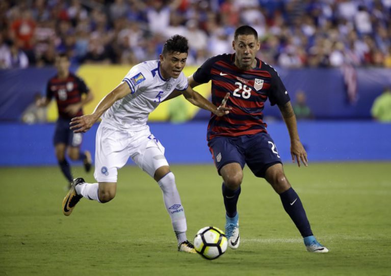 Dempsey at home 1 goal from record, US team in Gold Cup semi