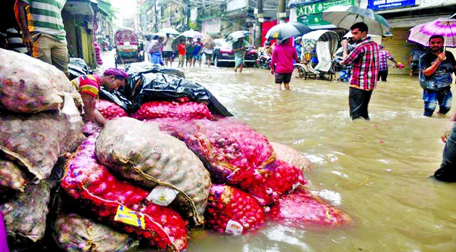Rains, road chaos make life a hell