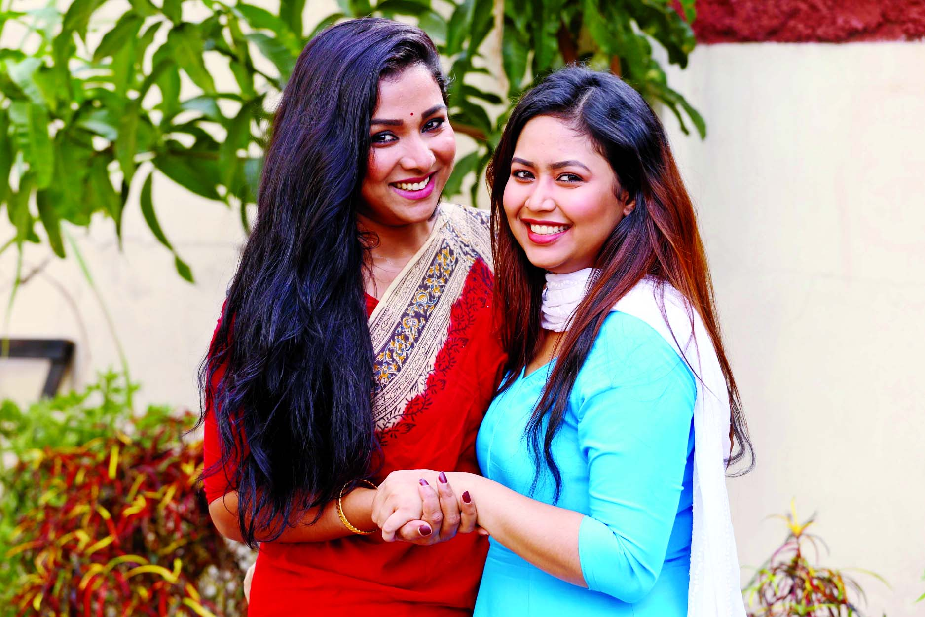Runa, Bhabna wish success for each other