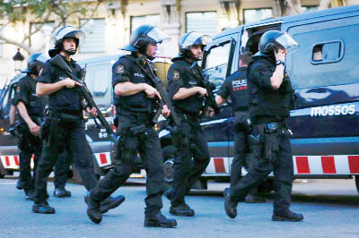 Spanish police shoot five suspects dead after terror attack kills 13 in Barcelona