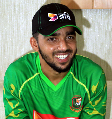 Mominul to replace Mosaddek in 14-member national squad