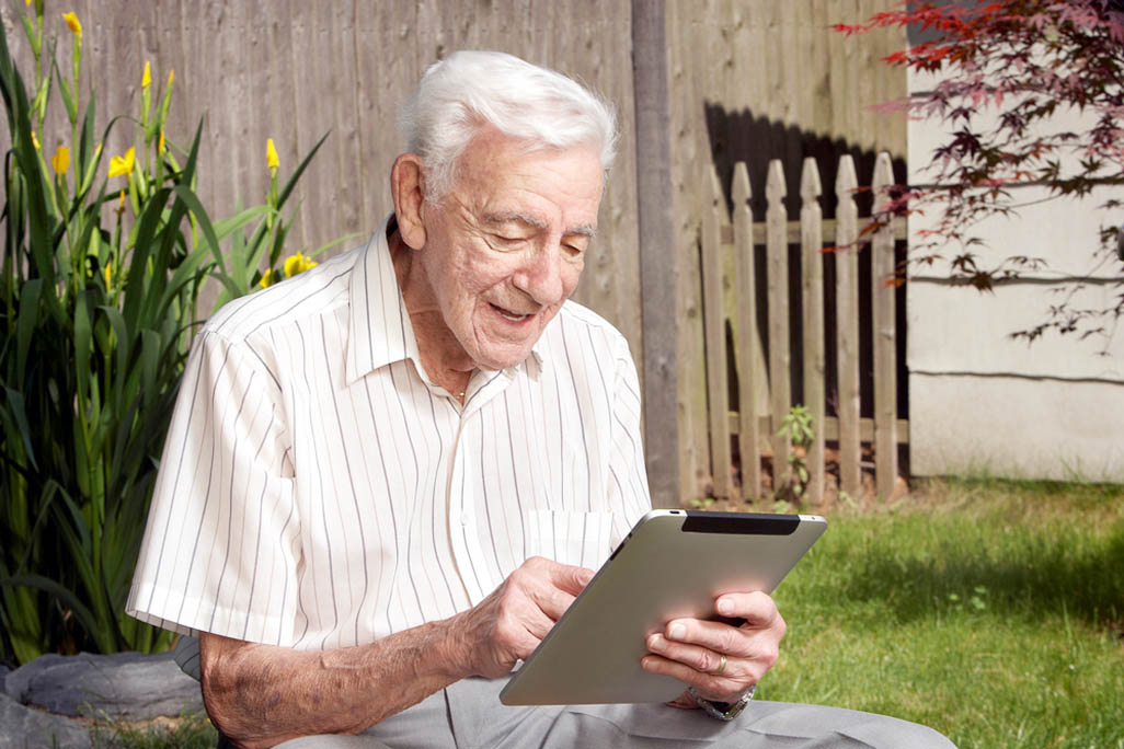 Older adults more concerned about privacy on Facebook