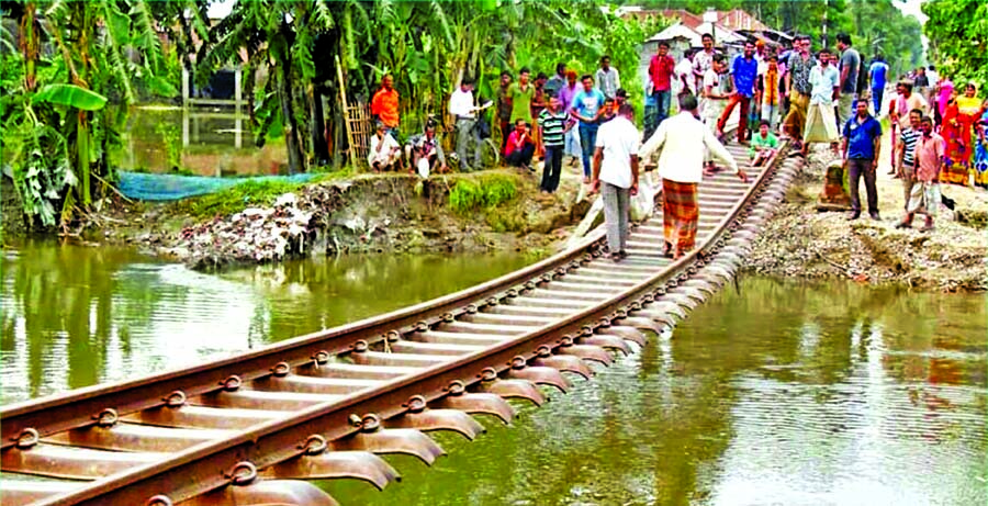 Dhaka rail link with northwest, south regions snapped