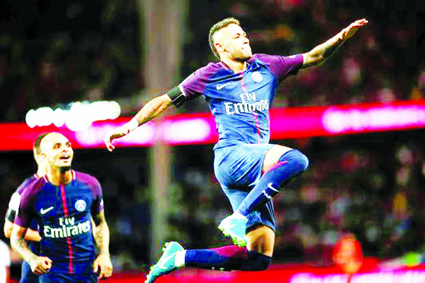 Neymar slams Barca bosses after PSG home debut