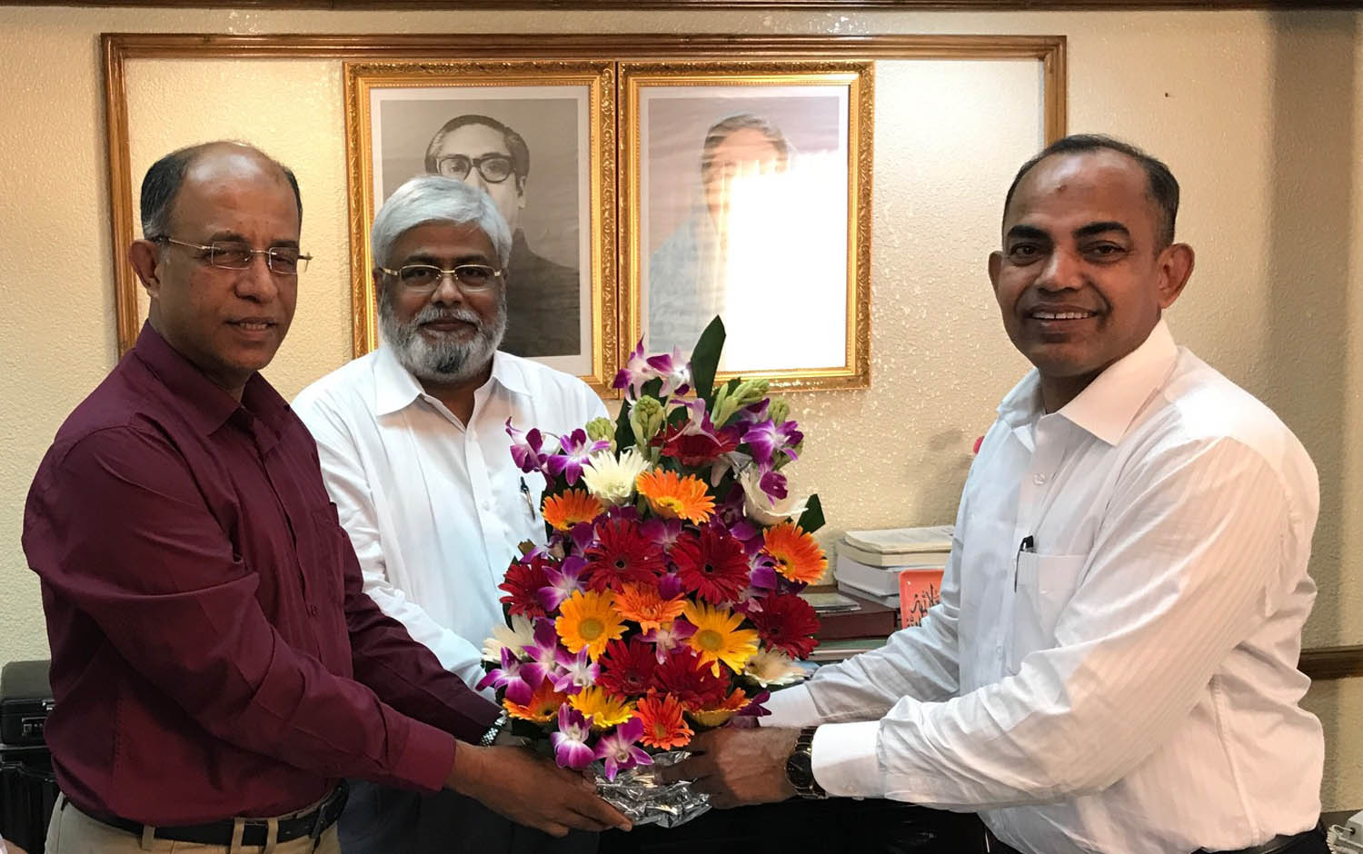 Archery officials make courtesy call to RAJUK chairman