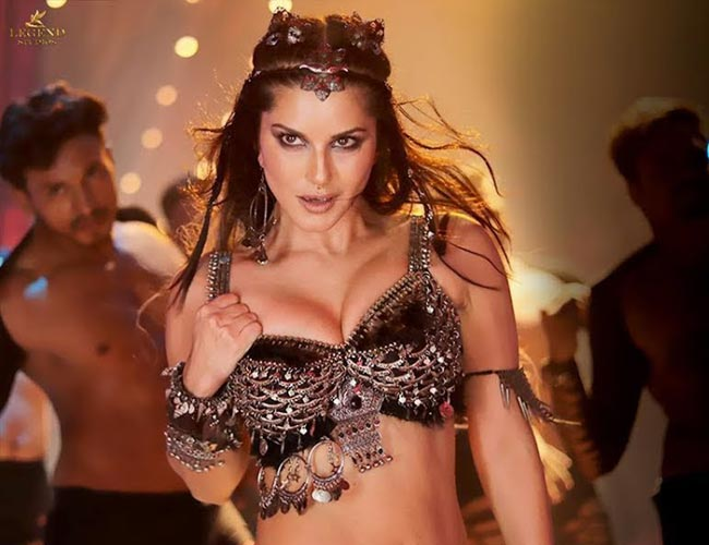 Bhoomi item song by Sunny Leone faces Censor scissors - fans to face disappointment