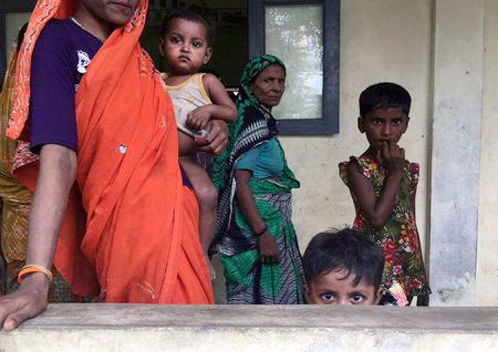 Hindus fleeing Myanmar violence nowhope for shelter in India