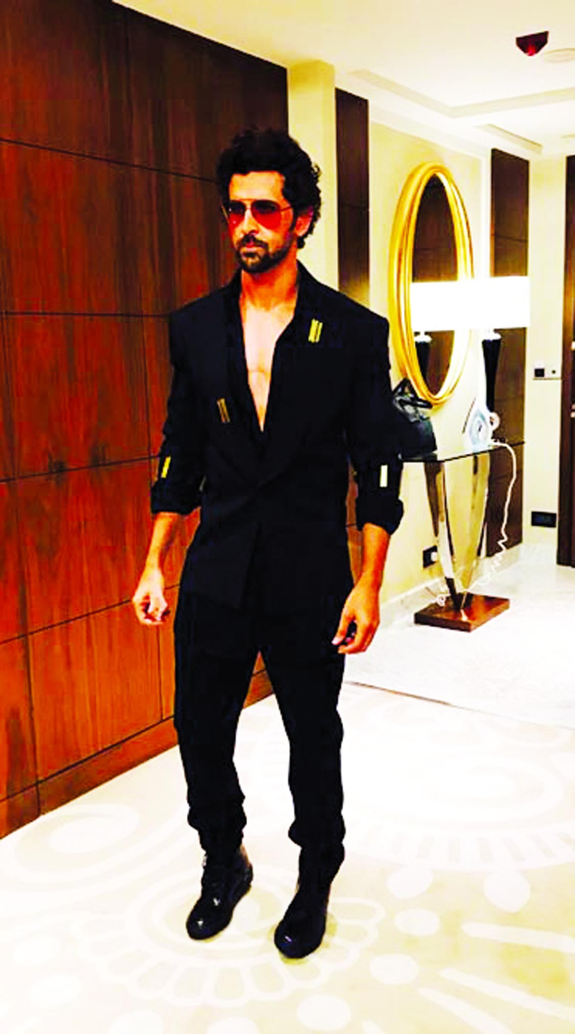 Hrithik Roshan at his fashionable best on the ramp for designer