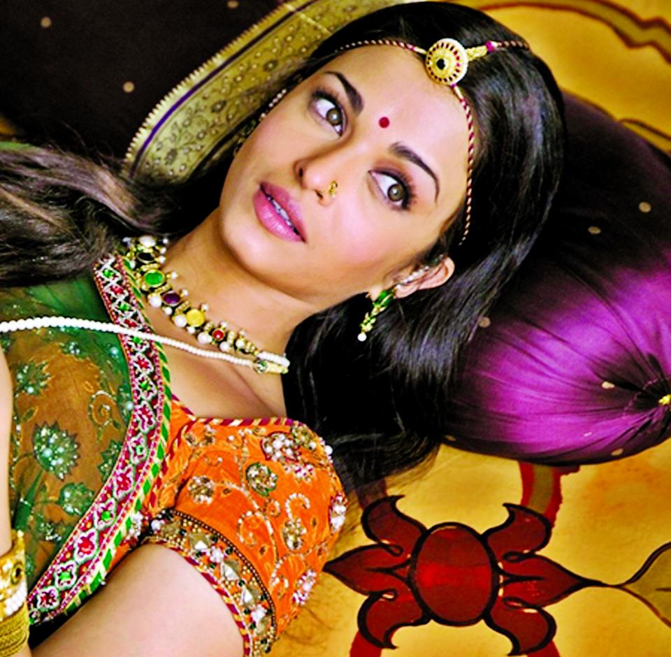 Aishwarya Rai was `100pc protected` from Harvey Weinstein, says Hollywood executive