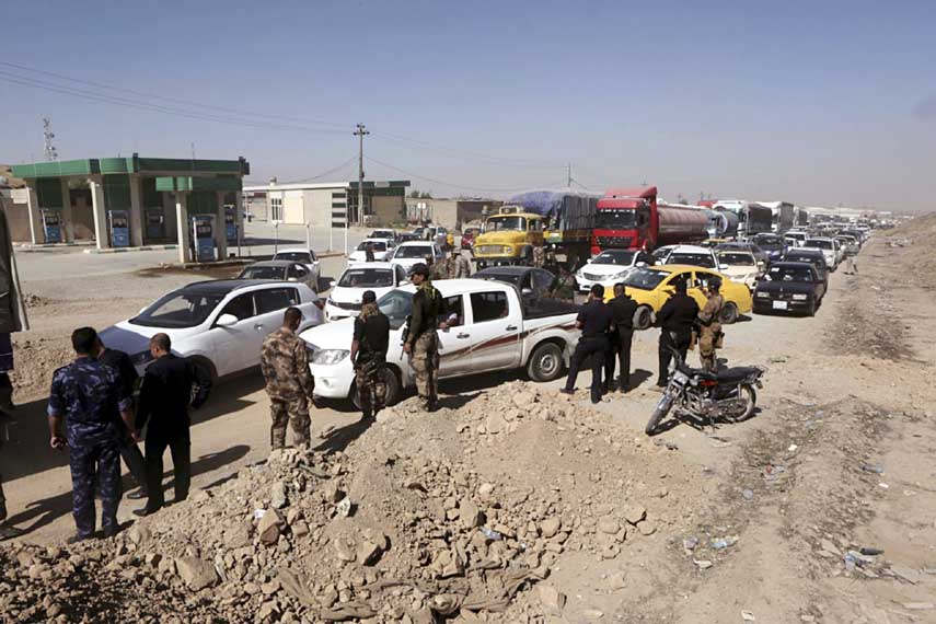Iraqi govt assumes control after Kurds leave disputed areas