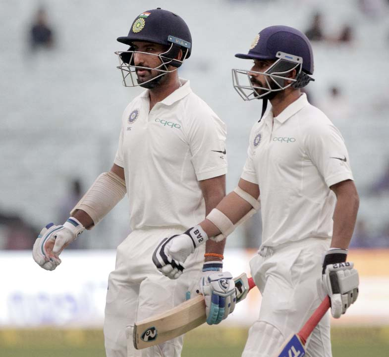 Bad weather halts Test as India struggle against Sri Lanka