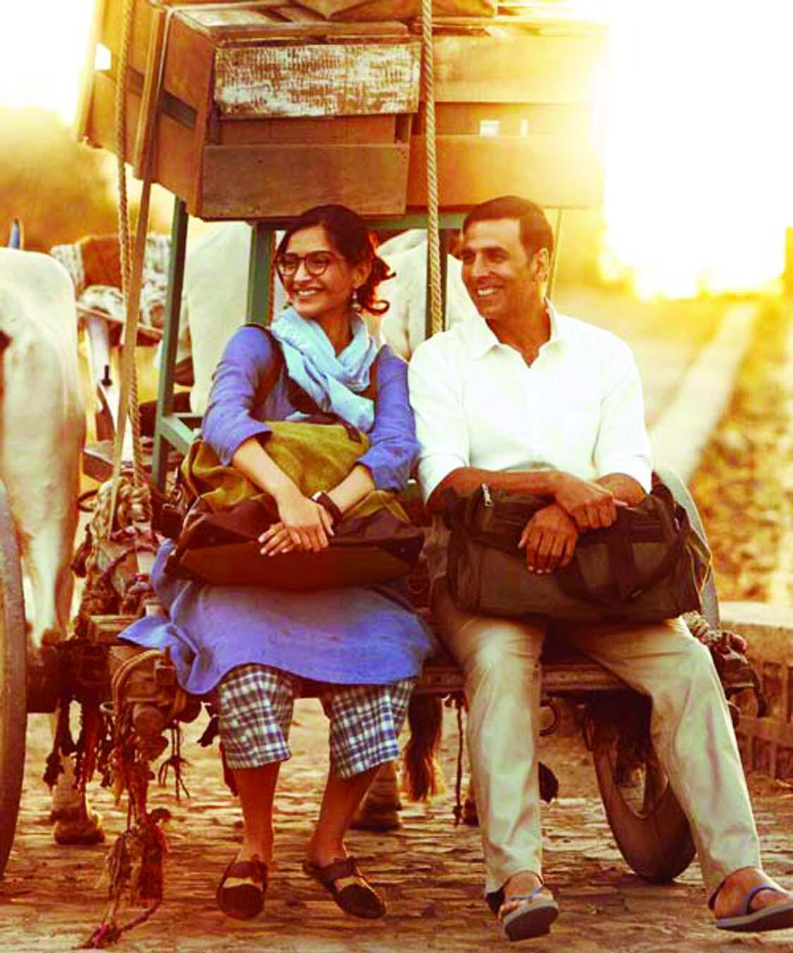 Sonam is all praise for Padman Akshay Kumar
