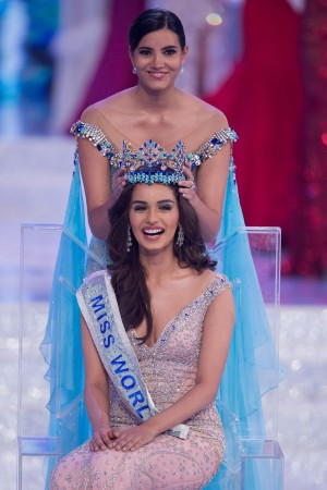 Bollywood congratulates Manushi Chillar on winning Miss World crown