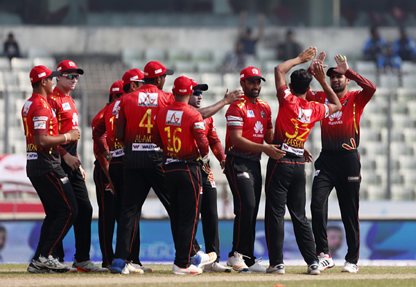 Comilla Victorians take solo lead beating Dhaka Dynamites