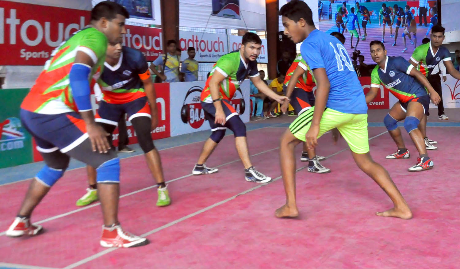 A view of the Premier Division Kabaddi League match between Bangladesh Police and Maniknagar  at Kabaddi Stadium on Wednesday.